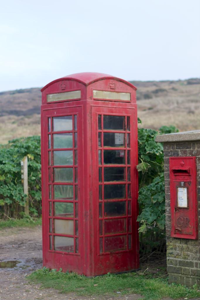 Red Phone Box Seaford Nov2012