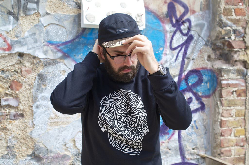 Bundy And Webster Skull Crew Neck Sweat 062 mini